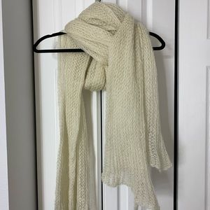 Bershka Oversized White knit scarf